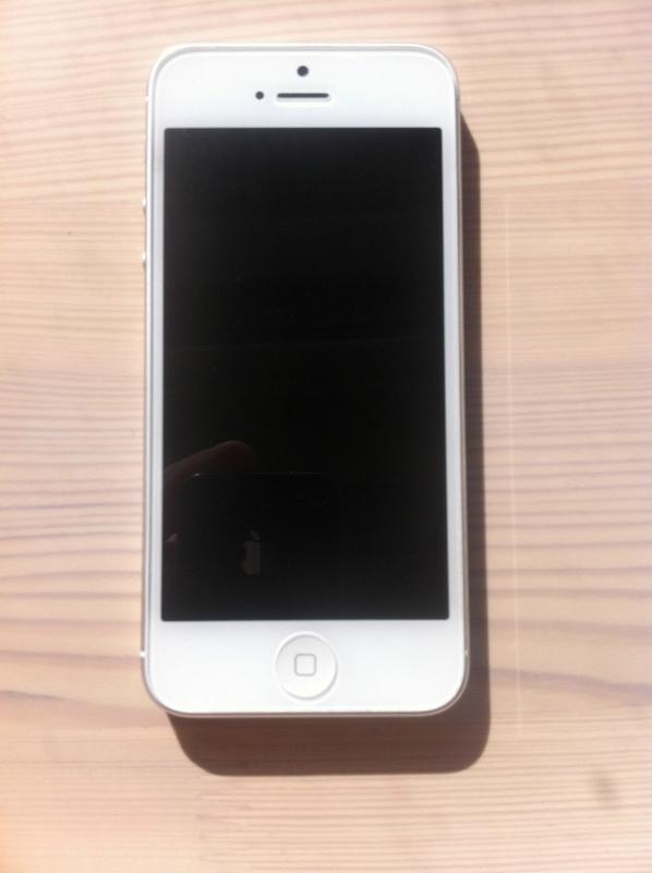 iphone 5 white for iphone 5 16gb white factory unlocked 200usd 11065