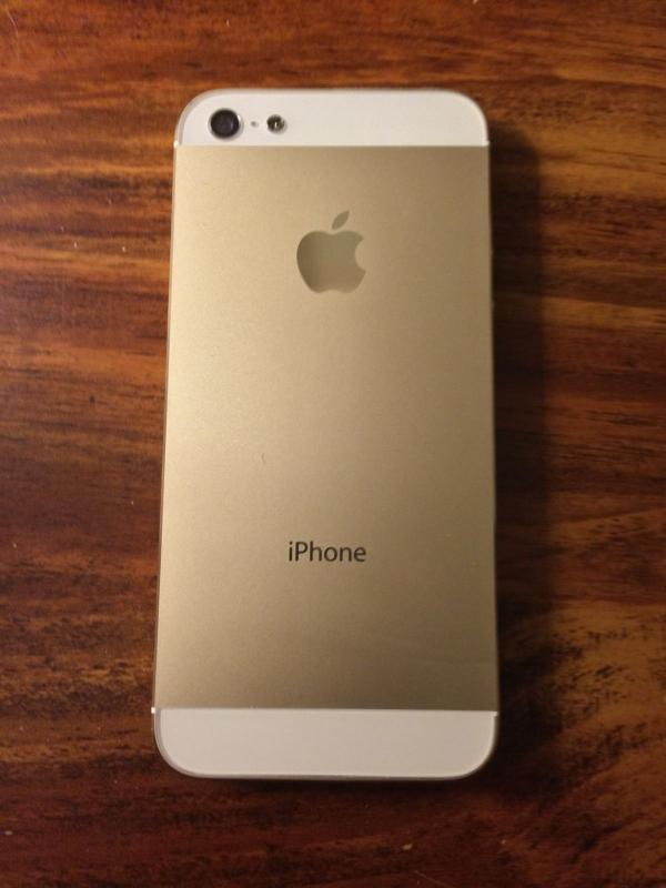 gold iphone 5 sold apple iphone 5 16gb at amp t white amp champagne 10708
