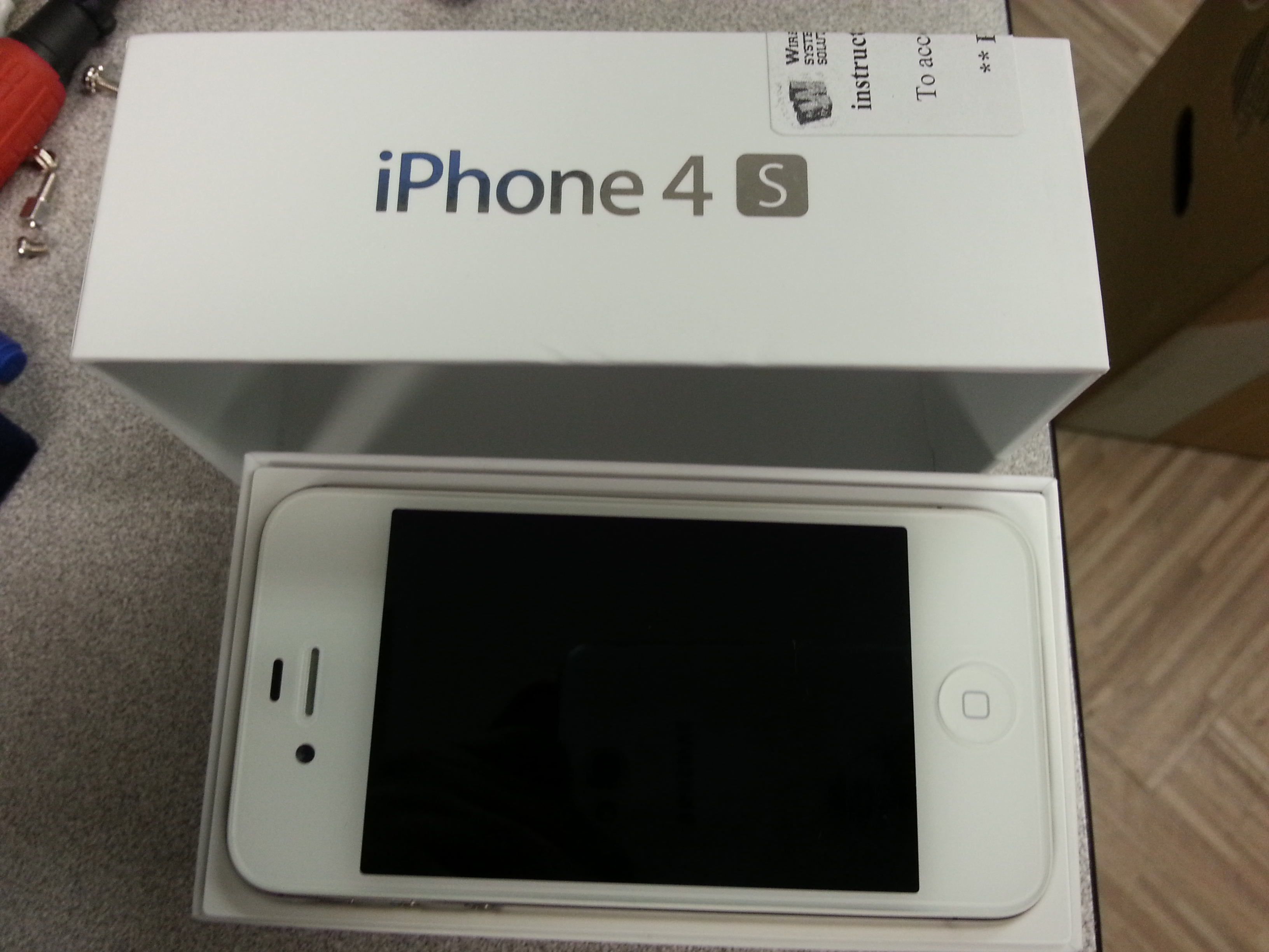 used iphone 4s for lnib bell locked 1 month iphone 4s white 2926