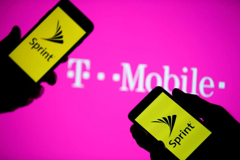 Name:  tmo-sprint.jpg